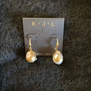 22k Gold Plated Freshwater Pearl Earrings